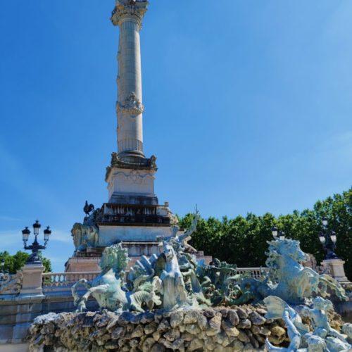 Fontaine et Tour des Girondins Bordeaux