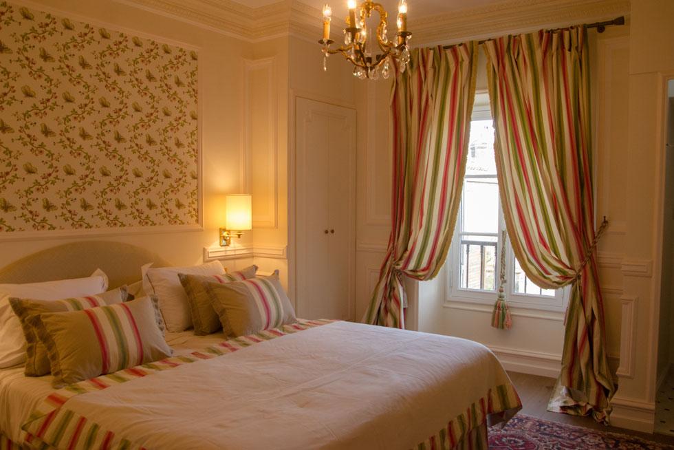 Une chambre Supérieure avec vue sur jardin secret - Villa Victor Louis